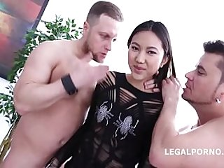 Asian Nympho May Thai and Jessica Spielberg get their Lights fucked out!!
