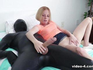 Alyssa Hart Makes Him Cum On His Face - FinishHim