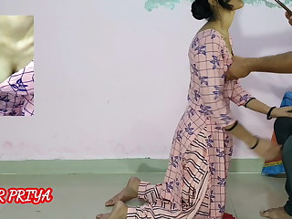 Indian 18yr teen maid fucked by boss, clear Hindi audio