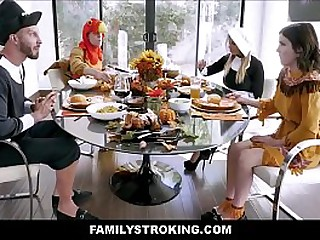 Cute Young Tiny Stepdaughter Rosalyn Sphinx & Stepdad Fuck Next To Sexy Big Tits Stepmom Brooklyn Chase & Stepson During Thanksgiving Dinner