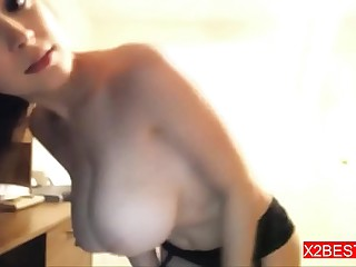 Petite Amateur Sexy shows Nice Body on WebCam                  ---X2Best.com---